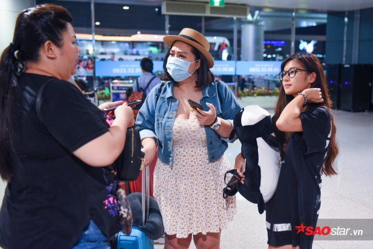 Dàn mỹ nhân Tháng năm rực rỡ bất ngờ hội ngộ, cùng 'vi vu' Hàn Quốc ăn mừng doanh thu 'khủng'