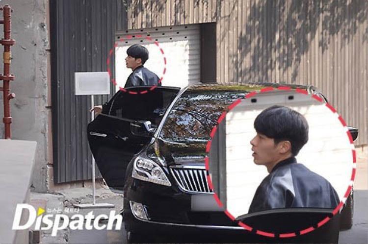 Mỗi khi tham dự sự kiện, Hyun Bin sẽ đến các tiệm thẩm mĩ từ sớm để 'tút' lại nhan sắc và trang phục.