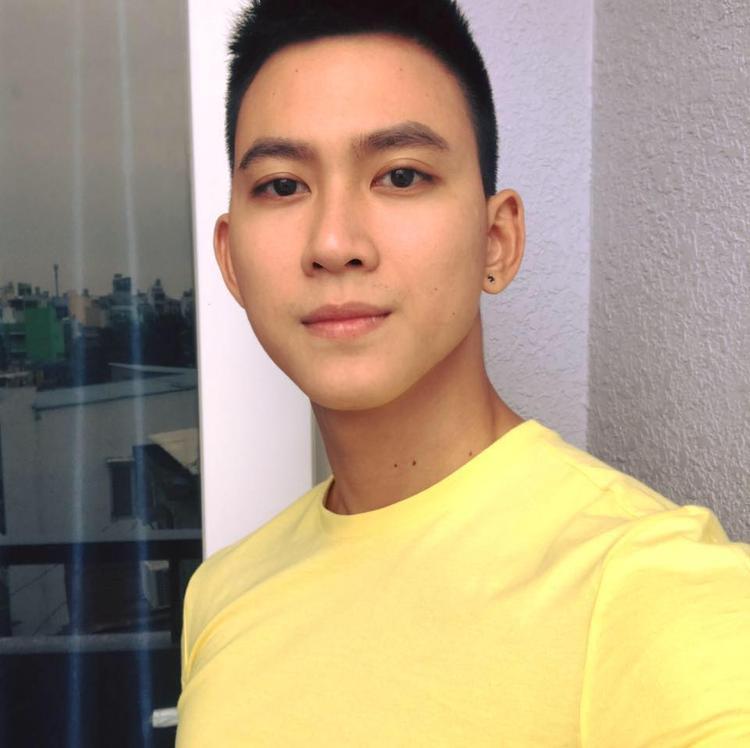 Chàng gay hot nhất mạng xã hội vì dám đăng tải clip come-out: Hiện tại vẫn độc thân!