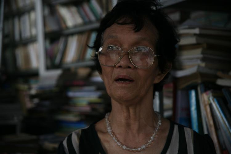 Bà Dung dị ứng với smartphone.