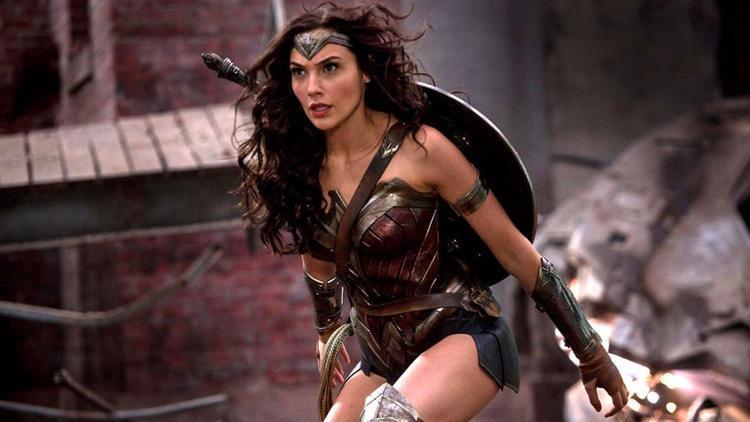 Cẩn thận mắc lừa nhà DC, đâu mới là tên thật của Wonder Woman 2?