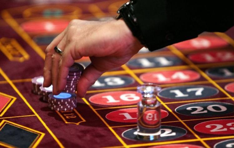 Việc thí điểm cho người Việt vào chơi casino đang tạo ra cơ hội cho nhiều dự án nghỉ dưỡng có casino. Ảnh minh họa