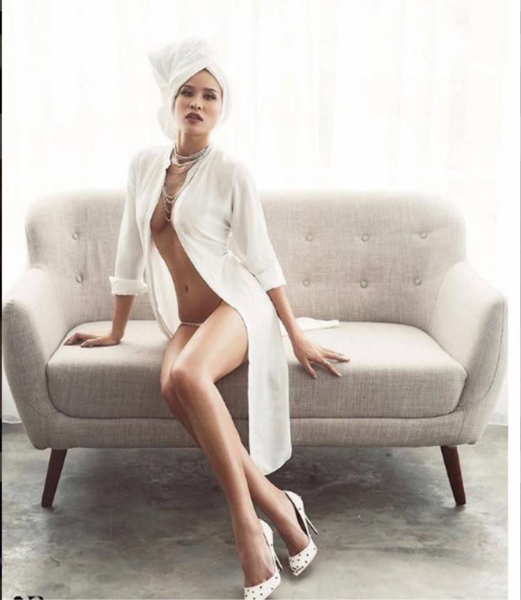 Từng nhiều lần gây xôn xao dư luận bởi phong cách táo bạo nhưng Siêu mẫu - MC Phương Mai vẫn tiếp tục theo đuổi những kiểu mốt sexy, cá tính.