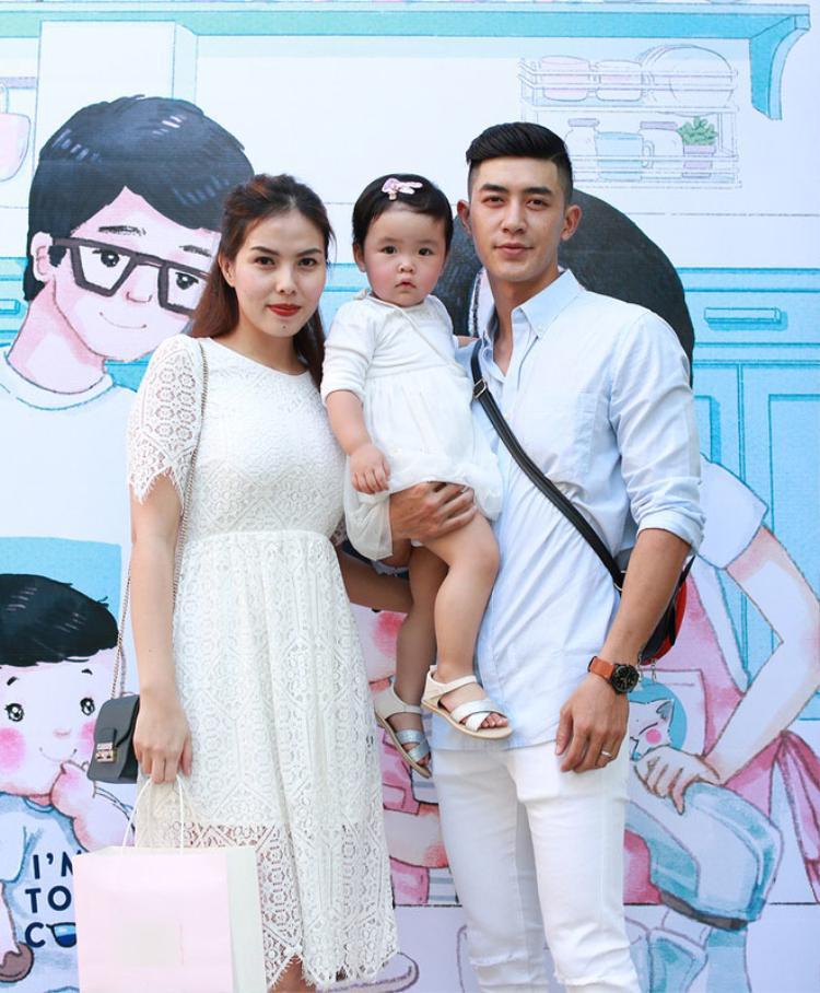 Anh và bà xãThanh Tâmnhanh chóng gia nhập thêm thành viên mới là một cô công chúa đáng yêu.