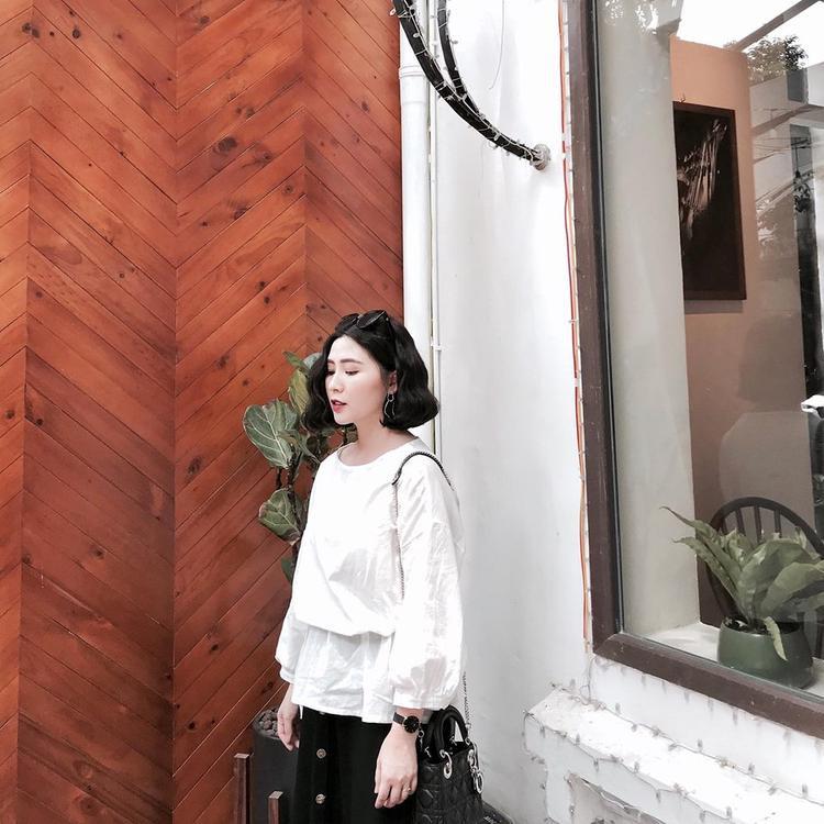 Heo Mi Nhon là hot girl đời đầu Hà Thành.