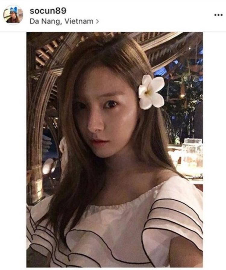 Kim So Eun đã âm thầm tới Đà Nẵng trong tháng 6 nhưng sau này khi cô đăng ảnh và check in thì dân tình mới biết
