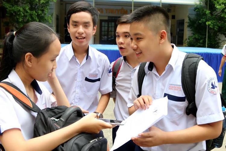 Ngày 13/6, TP. HCM công bố điểm thi vào lớp 10. Ảnh: Internet.