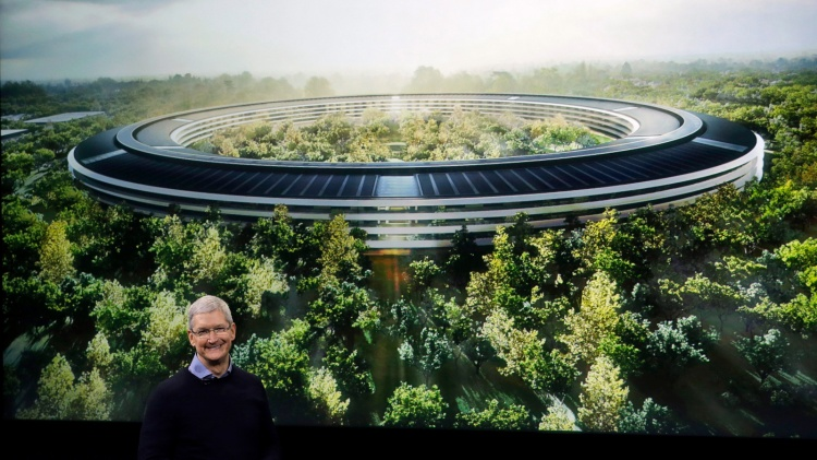 """Một cổ đông Apple từng hỏi Tim Cook về khả năng họ có thể tới thăm Apple Park và nhận được câu trả lời là """"có thể không bao giờ'."""