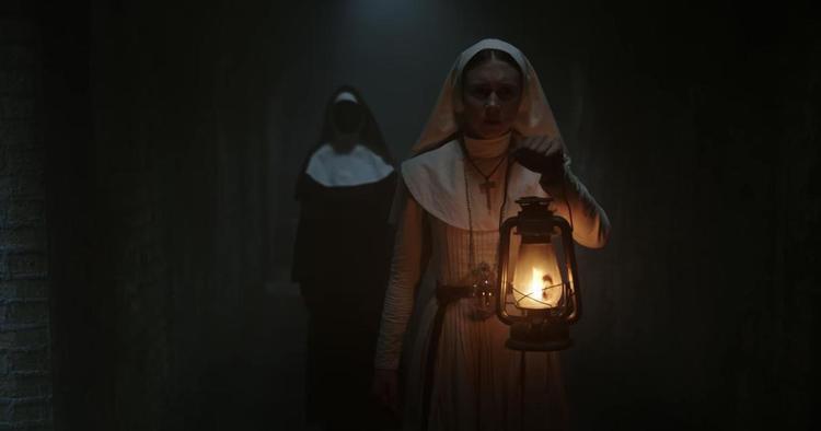 Màn doạ ma thót tim trong đoạn cuối teaser trailer The Nun.