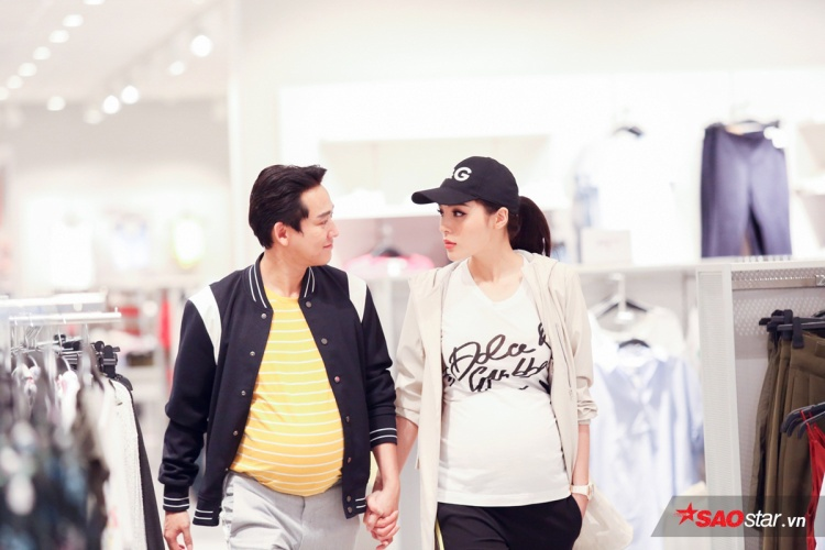 Bước qua phân đoạn street style, cả hai vẫn được ví như một fashionista chính hiệu.