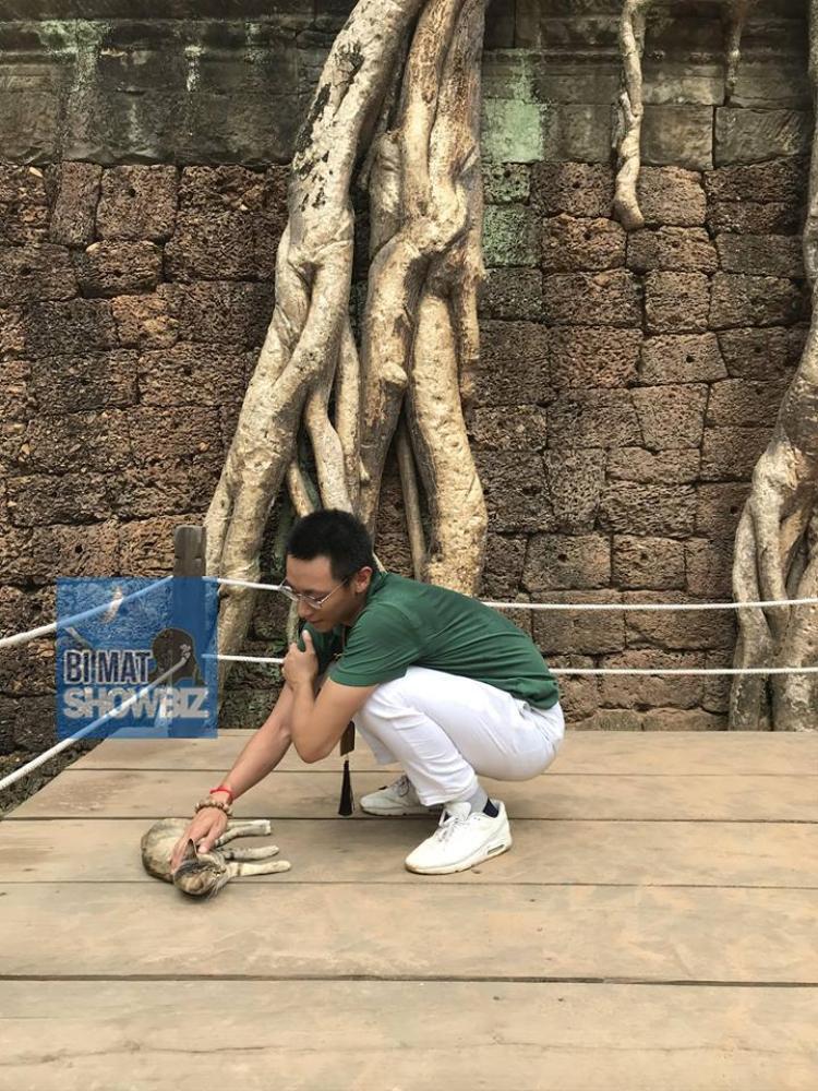 Sau thời gian ở ẩn, rò rỉ hình ảnh Rocker Nguyễn trong chuyến du lịch cùng gia đình
