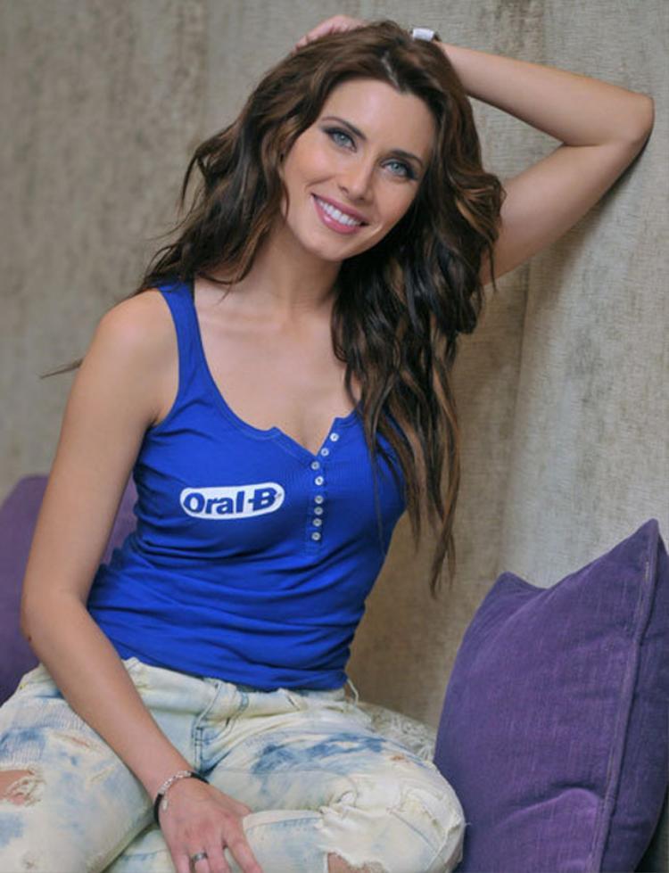 10. Pilar Rubio - bà xã trung vệ Sergio Ramos (ĐT Tây Ban Nha).
