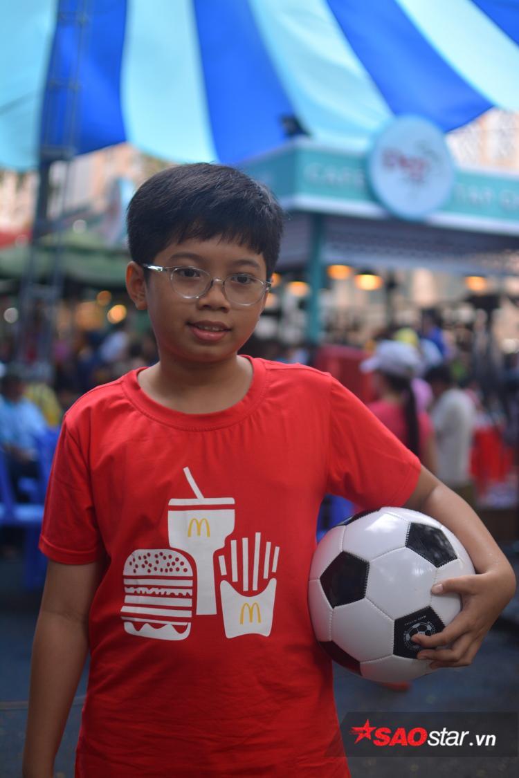 Cậu bé may mắn Nguyễn Lê Thái Sơn.