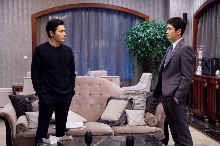 """Anh """"song kiếm hợp bích"""" cùng """"tài tử"""" Jang Dong Gun để tạo ra nhiều tình tiết hấp dẫn, thu hút người xem. Bộ phim đã lên sóng vào 25/4, đồng thời kết thúc vào ngày 14/6 vừa qua."""