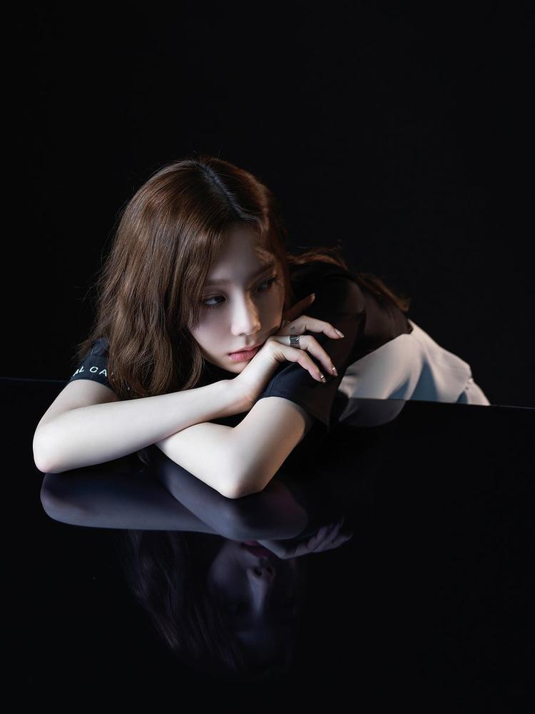 Mini album của cô sẽ phát hành vào ngày 18/6 sắp tới.