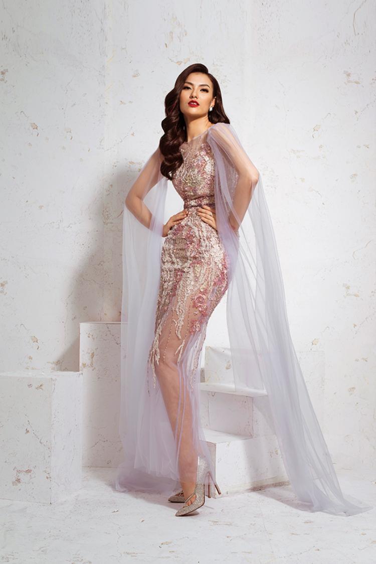 Hồng Quế tung ảnh thời trang siêu đẹp phản pháo tin đồn thẩm mỹ nát mặt