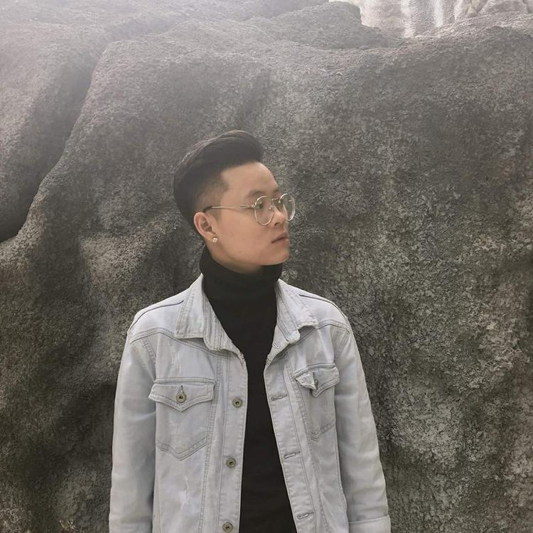 Câu chuyện chuyển giới của 10X Hà Thành: Mẹ từng đòi tự tử, chị gái thì khóc nhiều vì thương