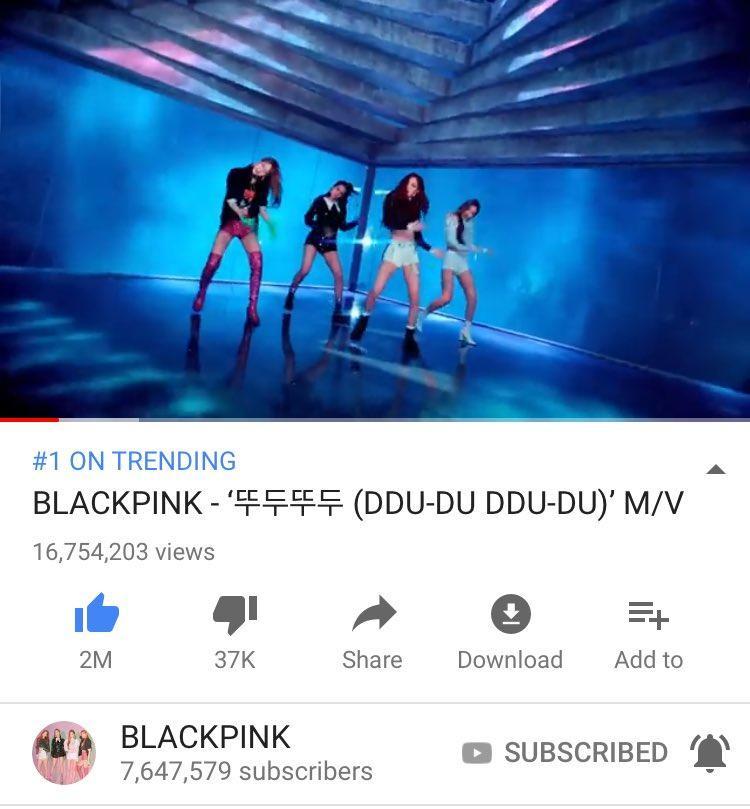 Kế đó, vào lúc 4h KST, MV Ddu-du Ddu-du lọt top 1 trending Youtube tại Mỹ, góp phần chứng tỏ độ phổ biến của BlackPink không chỉ dừng lại ở khu vực châu Á.