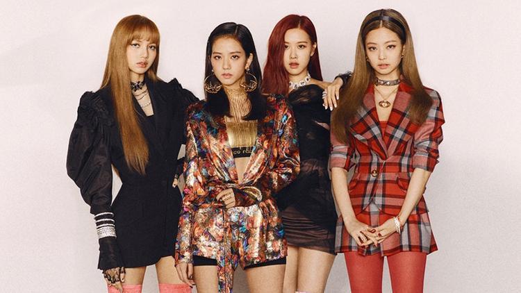 MV Kpop tuần qua: 4 cô nàng BlackPink đơn độc chiến đấu cùng dàn mỹ nam