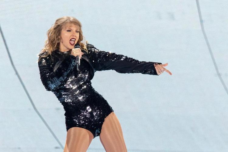 Taylor đã biểu diễn với phong độ ổn định tại thành phố Manchester vừa qua.