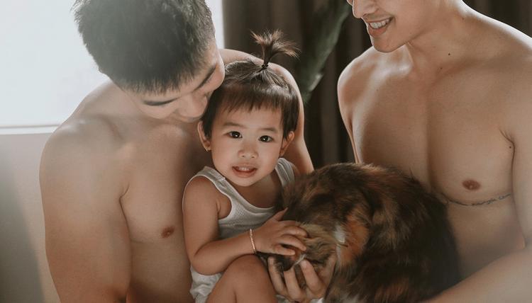 Theo chia sẻ, từ lúc có con gái bé nhỏ, cả hai thấy có trách nhiệm hơn với cuộc sống.