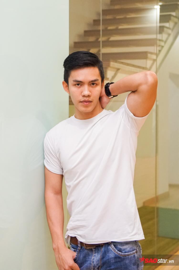 Khuôn mặt đẹp, hài hòa cùng vóc dáng cân đối là thế mạnh giúp Minh Tú lọt vào vòng Huấn luyện.