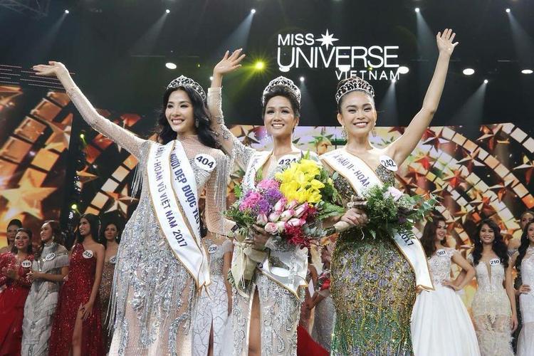 Top 3 Miss Universe Vietnam 2017: Hoàng Thuỳ - H'Hen Niê - Mâu Thuỷ.