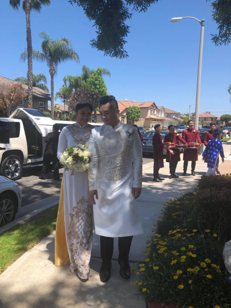Con gái NSND Hồng Vân tự hào khoe clip nhảy siêu dễ thương của chú rể trong đám cưới