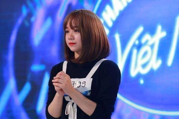 Dù dừng chân sớm ở chương trình Việt Nam Idol, nhưng nữ sinh Hưng Yên vẫn không ngừng nuôi dưỡng niềm đam mê ca hát của mình.