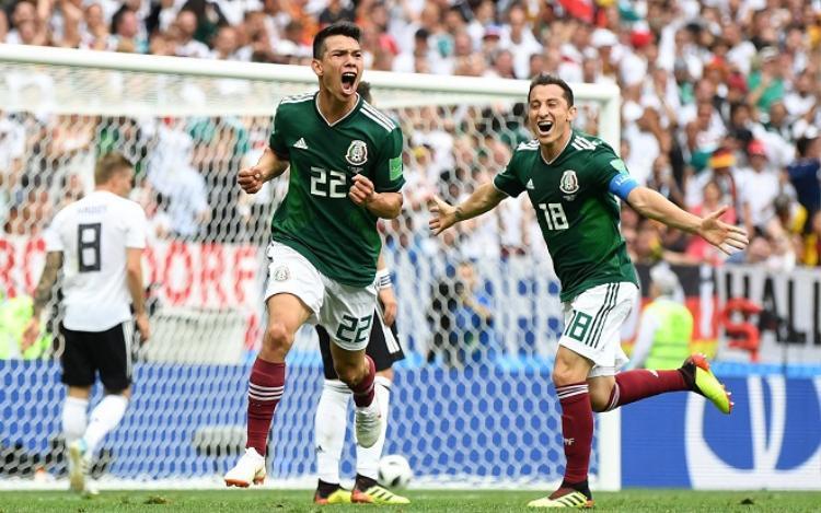Lozano tỏa sáng rực rỡ trong trận đấu gặp đội tuyển Đức. Ảnh: Fifa.com.
