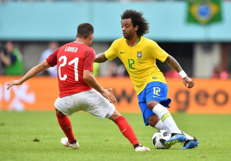 """Một thế trận hoàn toàn lấn lướt được Brazil tạo ra trước Thụy Sỹ sau khi có được bàn thắng dẫn trước. Tuy nhiên, """"những vũ công Samba"""" không thể có bàn thắng nhân đôi cách biệt. Ảnh: FIFA"""