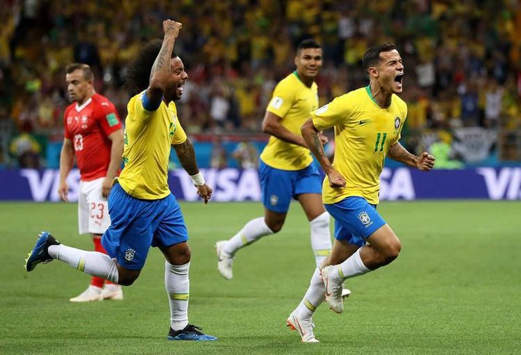Thế nhưng, Philippe Coutinho mới là người khai thông thế bế tắt với cú dứt điểm cực kỳ đẹp mắt ở phút 20. Một bàn thắng xứng đáng cho Brazil khi liên tục ép sân Thụy Sỹ. Ảnh: FIFA