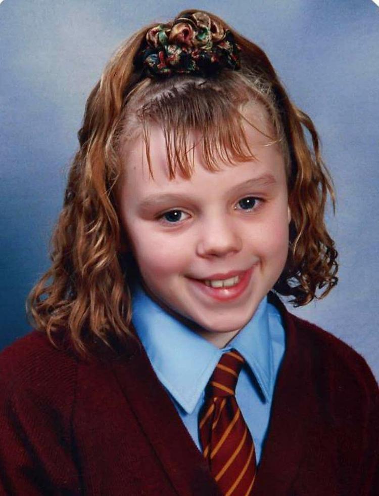 Ảnh chụp Donna năm 11 tuổi, mất tích năm 17 tuổi và đến nay phía cảnh sát đã kết luận rằng đó là một vụ ám sát. Ảnh: The Sun