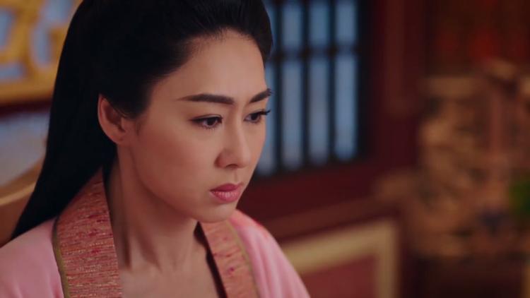 Hoàng hậu tức giận lúc hay tin Lý Long Cơ đã đến chỗ của Trịnh Chiêu Nghi