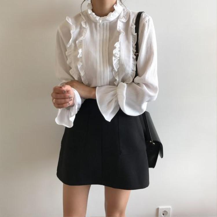 Học thư ký Kim Park Min Young lên đồ công sở khiến chàng phó tổng chết mê