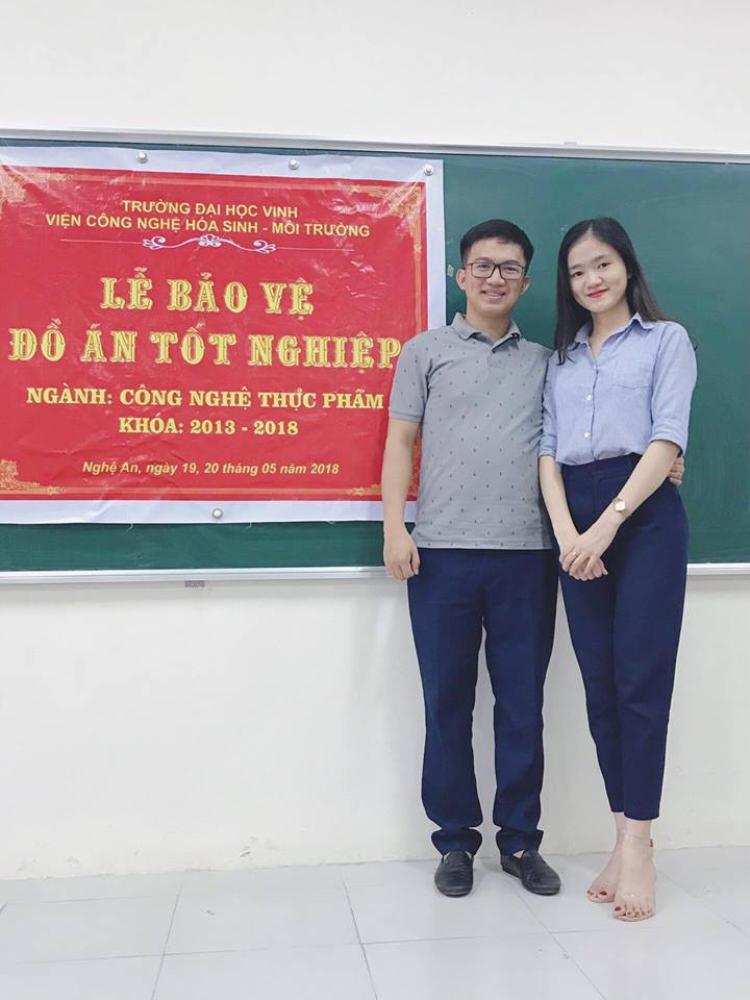 Bên cạnh việc học tập, Trần Duyên còn tham gia nhiều hoạt động tại trường cũng như dạy thêm tiếng Anh.