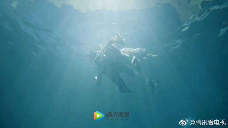 Phù Dao: Thái tử Vô Cực mặt dày tán tỉnh, cướp đi nụ hôn đầu của Phù Dao
