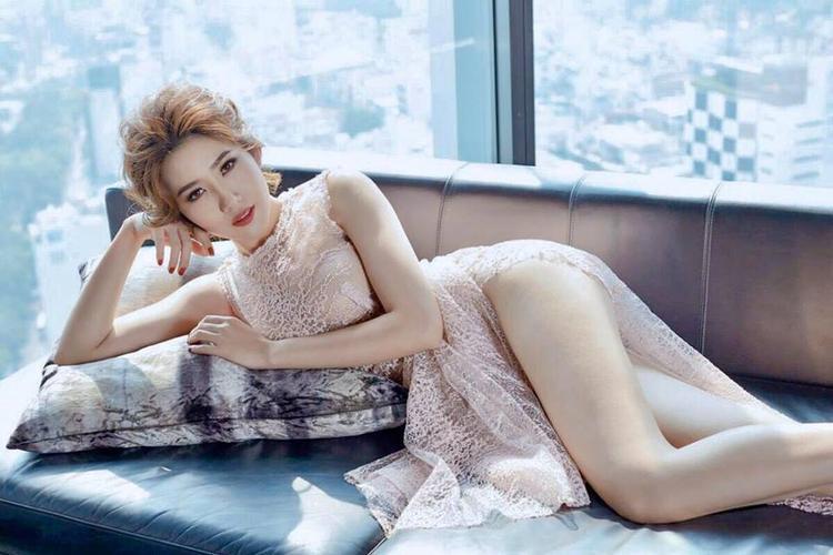 Thân hình nóng bỏng của của top chung kết hoa hậu Việt Nam 2010.