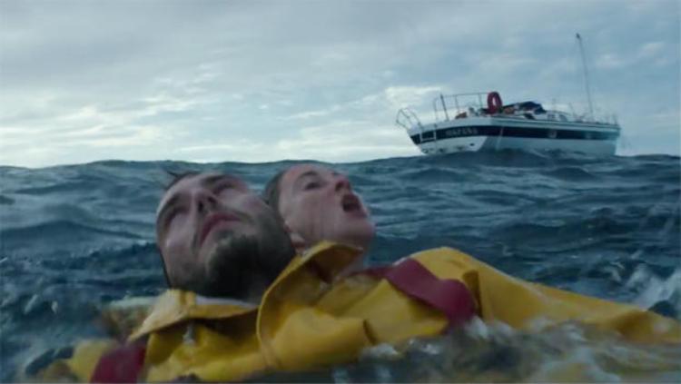 Giành anh từ biển: Nếu phải cách xa anh Em chỉ còn bão tố!