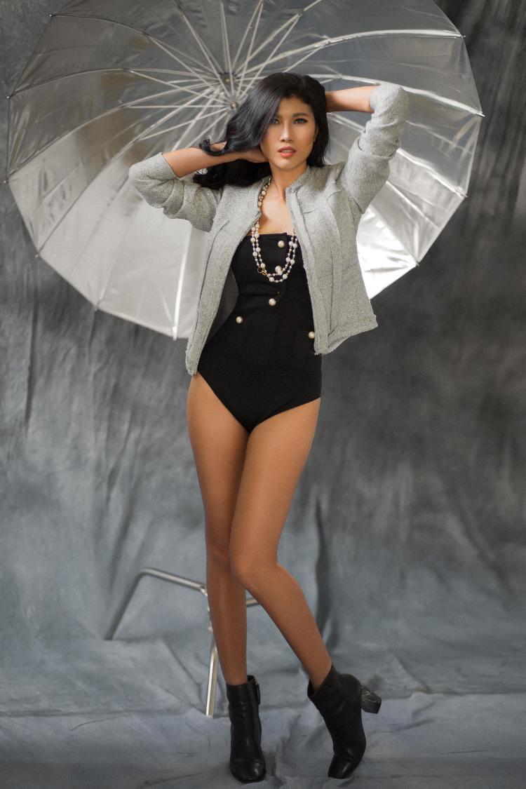 Trang Lạ ấn tượng và yêu mến BB vì thân hình và phong cách diễn xuất gợi cảm.