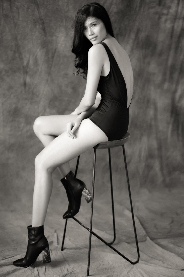 Với lối diễn xuất đa dạng, Trang Lạ đã hóa thân một cách hoàn hảo, tạo nên một phiên bản Brigitte Bardot thời hiện đại.