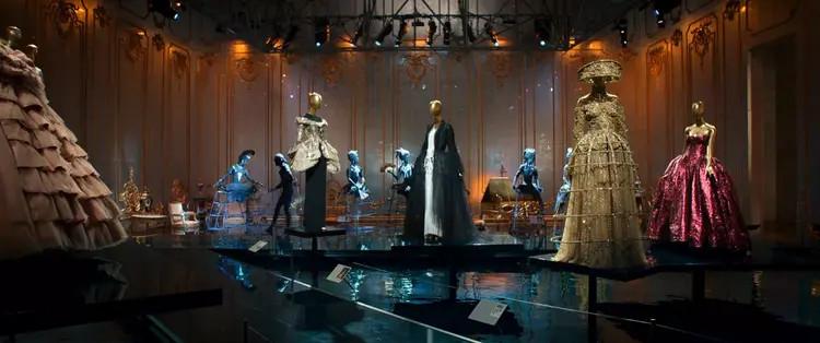 Nếu mỗi năm theo dõi Met Gala, hãy xem Oceans 8 để đột kích sự kiện thời trang đắt giá nhất