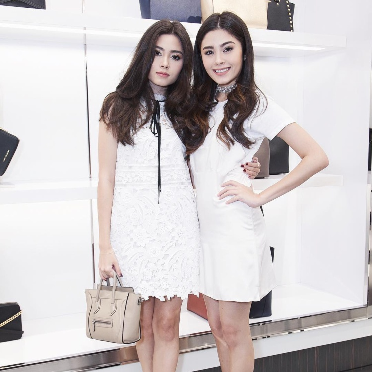 Đẹp giàu lại sành điệu hết chỗ chê, cặp chị em sinh đôi Thái Lan hút fan rần rần