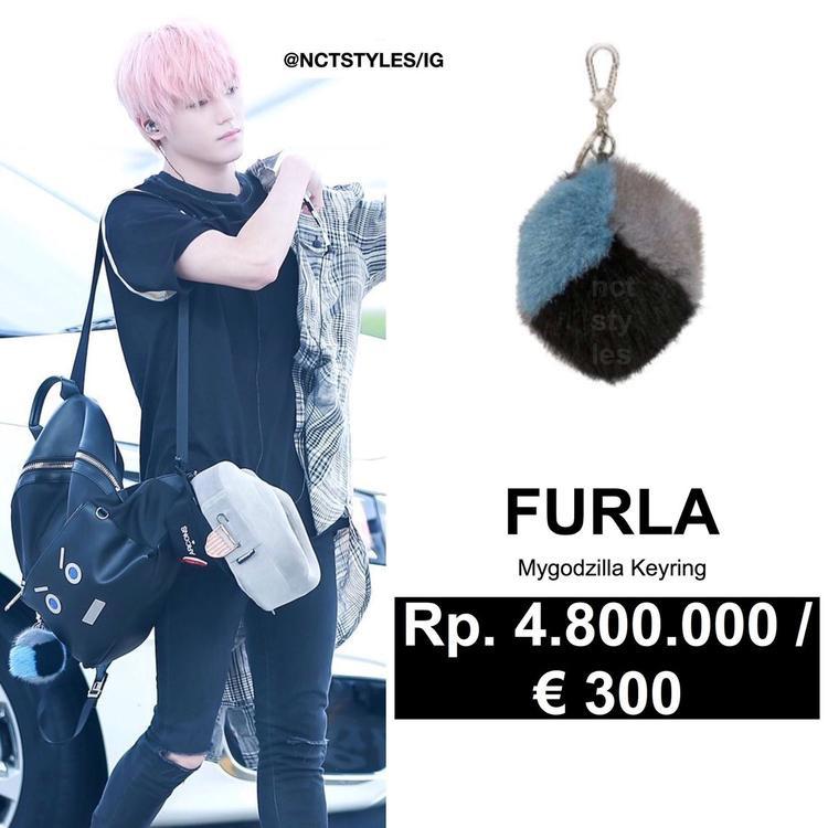 Móc khóa của hãng Furla 8 triệu VNĐ.