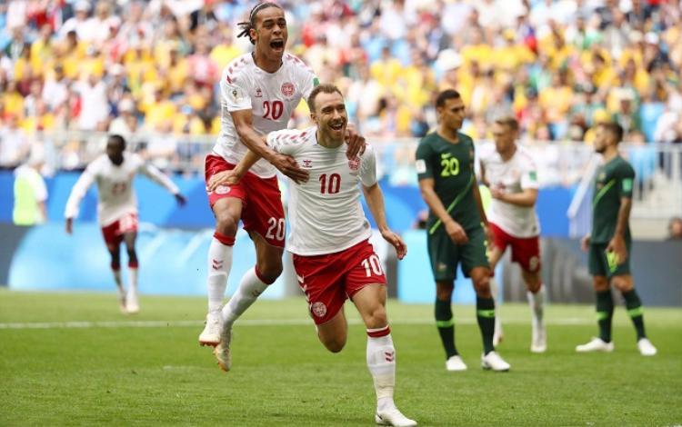 Eriksen ghi bàn thắng sớm cho Đan Mạch. Ảnh: Fifa.com.
