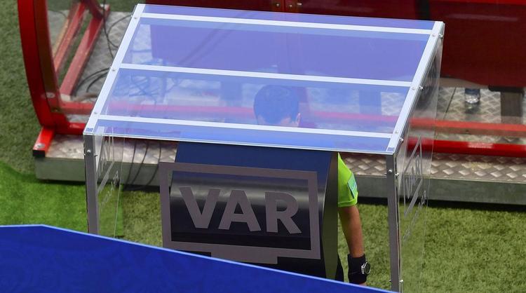 V.A.R lần đầu tiên được áp dụng tại World Cup 2018.