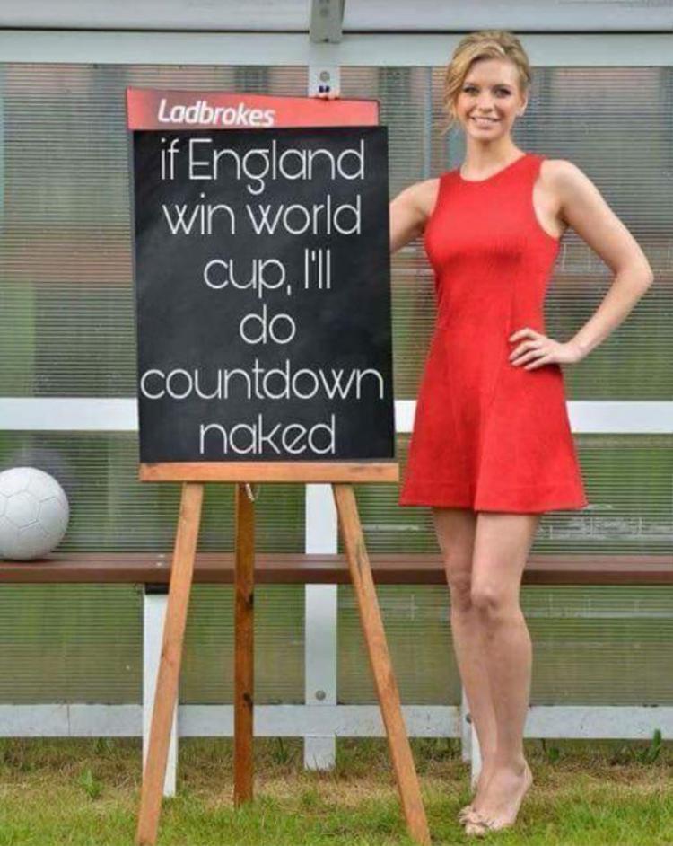 Rachel Riley hứa sẽ khỏa thân nếu tuyển Anh vô địch World Cup 2018.
