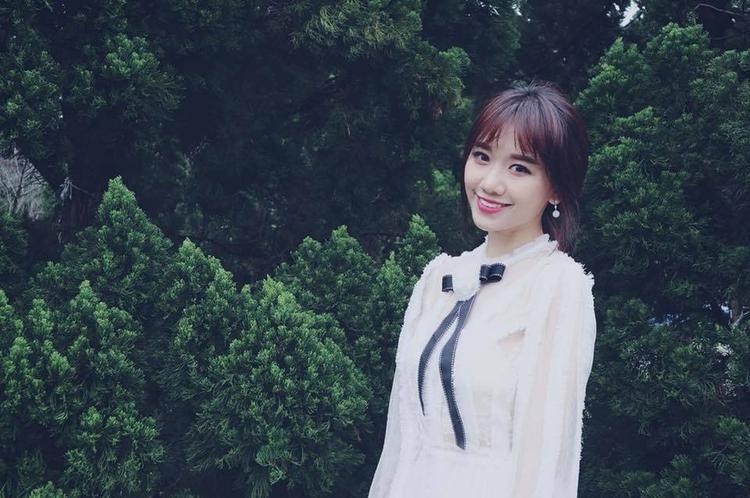 Mừng sinh nhật Hari Won: Cô gái nhỏ với trái tim kiên cường, hãy sống một đời bình yên nhé!