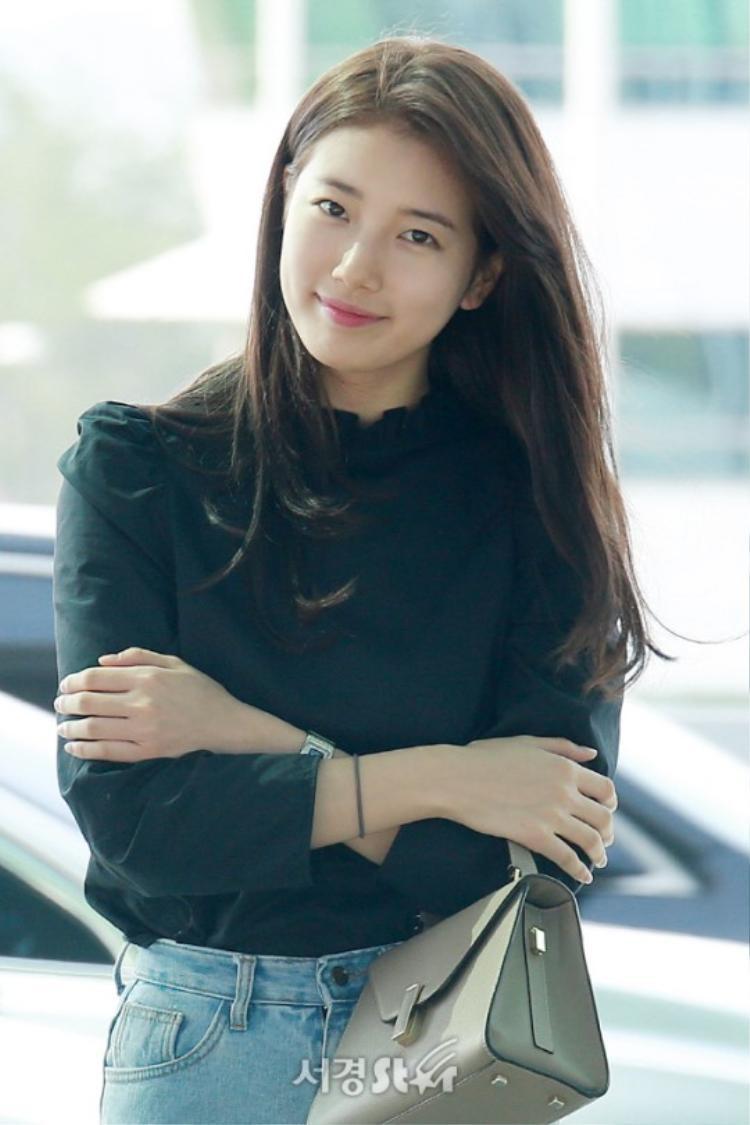 Bae Suzy xuất hiện rạng rỡ sau khi bị kiện tụng dân sự và đòi xử tử