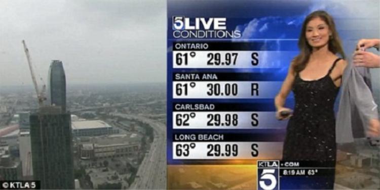 Trong chương trình dự báo thời tiết phát trực tiếp của một đài truyền hình địa phương ở Los Angeles - Mỹ, MC Liverte Chan đã bị nhà đài yêu cầu khoác thêm áo vì ăn mặc hở hang ngay trên sóng trực tiếp.